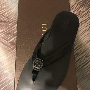 Gucci thong flip flop